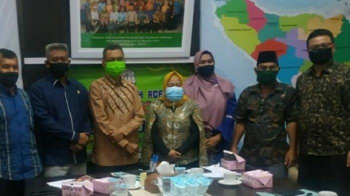 Harga TBS Sawit di Nagan Raya di Bawah Penetapan Pemerintah, DPRK Mengadu ke Distanbun Aceh