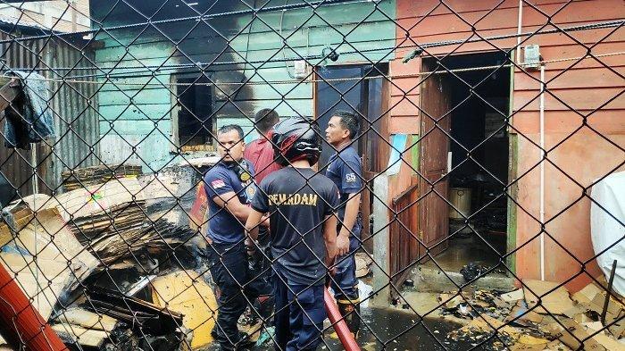 Dua Rumah Warga di Kota Takengon Terbakar