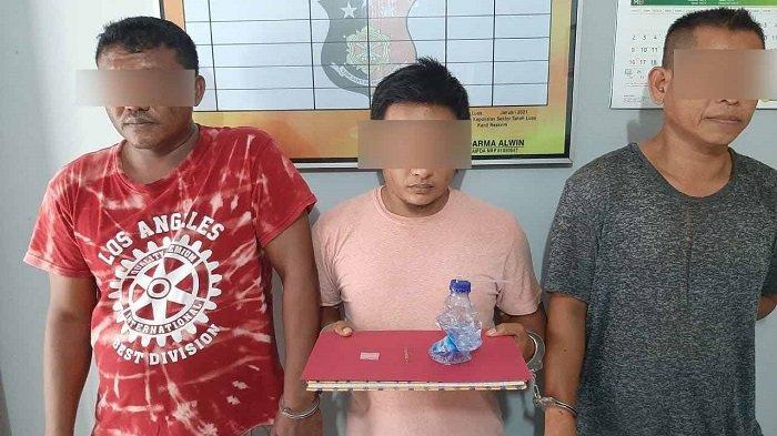 Asyik Nyabu di Rumah Kosong, Dua Pria Ini Tersentak Saat Didatangi Polisi