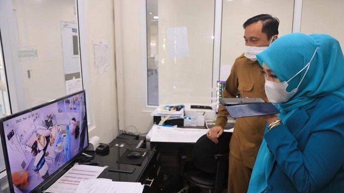 Dyah Erti Jenguk Abu Doto, Begini Kondisi Mantan Gubernur Aceh Zaini Abdullah Usai Terpapar Covid-19