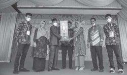 Ketua DPRK Tutup Marssal-7 MTsN 1 Model Banda Aceh