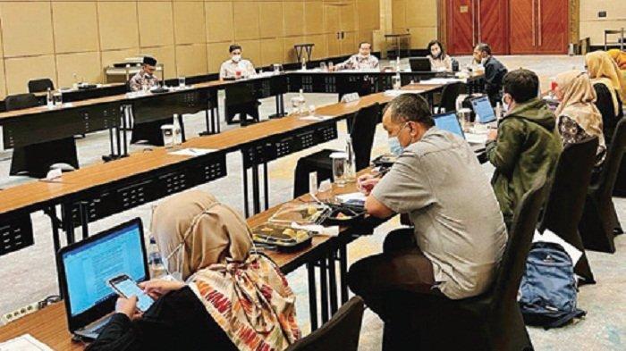Haji Uma Minta Penyusunan RUU HKPD Libatkan Stakeholder di Daerah