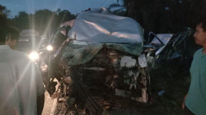 BREAKING NEWS - Empat Kendaraan Terlibat Tabrakan Beruntun di Aceh Tamiang