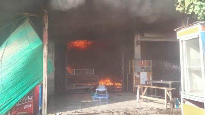 Ini Para Pemilik Empat Toko Terbakar di Indrapuri Aceh Besar
