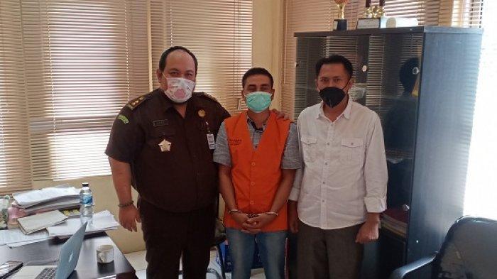 Selama Pelarian, Mantan Datok Rantaubintang Ternyata jadi Montir di Medan