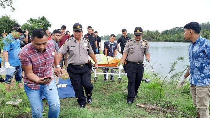 Jasad Korban Terapung di Krueng Lamnyong Dijemput Keluarga, Shock Begitu Dapat Kabar Duka