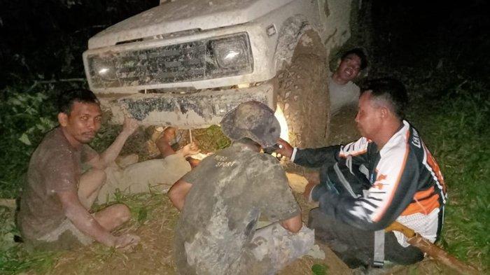 Rusak, Sebagian Mobil Offroad Galus Ditinggal di Hutan Aceh Tamiang