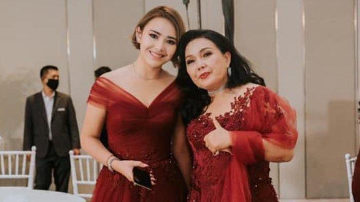 Amanda Manopo bersama mendiang ibundanya