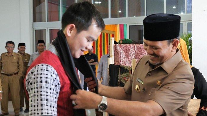 Faul, Juara Liga Dangdut Indosiar Silaturrahmi dengan Bupati Aceh Besar, Ini Harapan Mawardi Ali