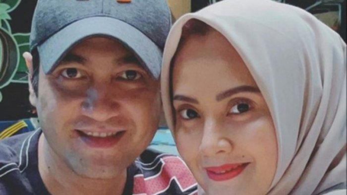 Proses Cerai dengan Istrinya Anggia Novita Belum Tuntas, Ferry Irawan Unggah Foto dengan Elma Theana