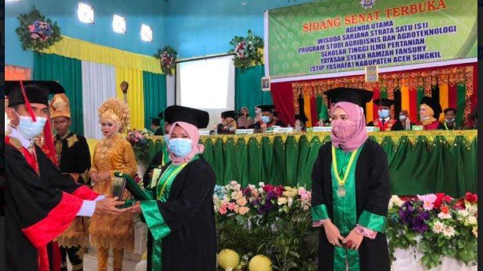 STIP Yashafa Wisuda 46 Sarjana, Ini Pesan Bupati Aceh Singkil