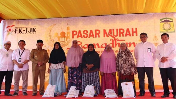 FK-IJK Aceh Gelar Bazar Murah Ramadhan di Lambada Lhok