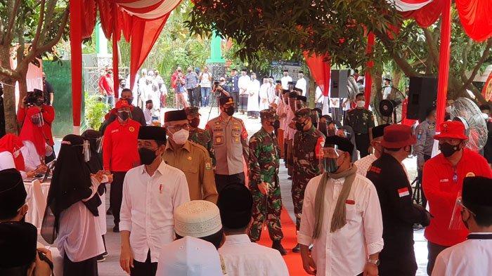 Tiba di Dayah Istiqamatuddin Aceh Besar, Presiden Jokowi Disambut Shalawat Badar