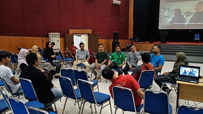 Siang Ini, Film Ajarkan Aku Aceh akan Diputar di Taman Budaya, Peminat Nonton Lebih 1.000 Orang - gala-premiere-film-ajarkan-aku-aceh-3.jpg