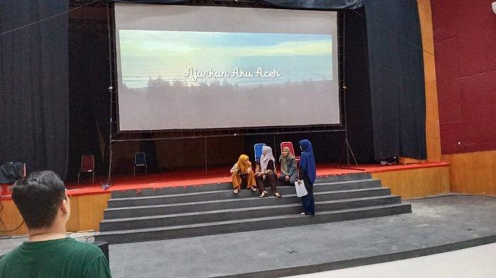 Siang Ini, Film Ajarkan Aku Aceh akan Diputar di Taman Budaya, Peminat Nonton Lebih 1.000 Orang - gala-premiere-film-ajarkan-aku-aceh-5.jpg