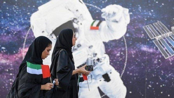 Uni Emirat Arab Telah Pilih Dua Astronot, Salah Satunya Wanita