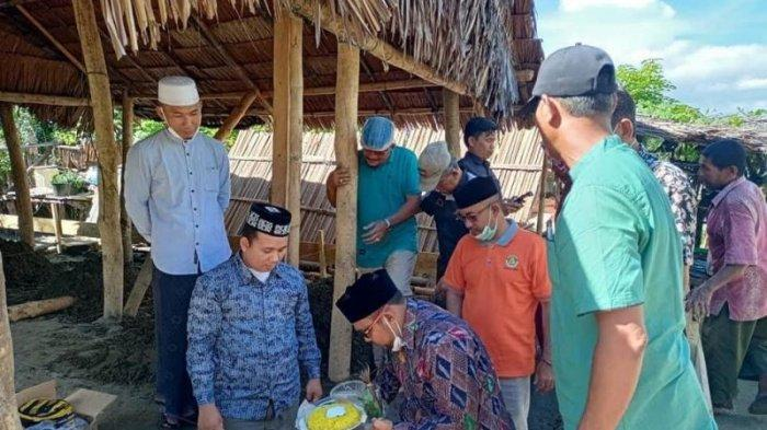 Wabup Abdya Letakkan Batu Pertama Pembangunan Rumah Dhuafa Program GARDA Indonesiadi Manggeng