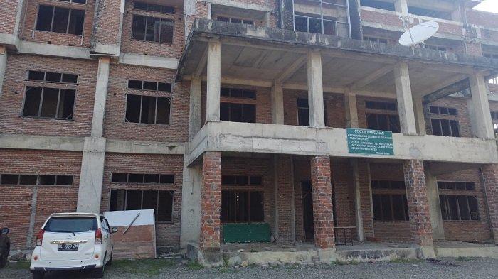 Gedung Asrama Haji Aceh Senilai 10 M Terbengkalai Akibat Pengerjaannya tak Rampung