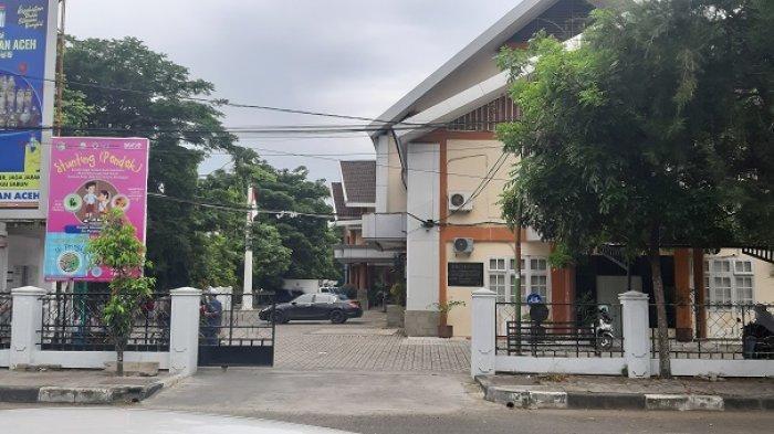 Diduga Terpapar Covid-19, Aktivitas Kantor Dinas Kesehatan Aceh Sepi