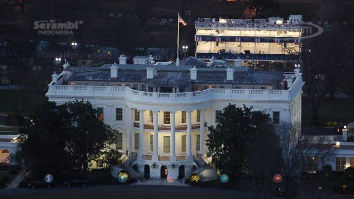 FOTO - Persiapan Jelang Pelantikan Joe Biden dan Kamala Harris Sebagai Presiden Amerika Serikat - gedung-putih-direkam-dari-monumen-washington.jpg