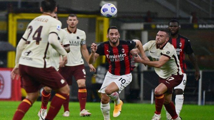 Gelandang Serang AC Milan Hakan Calhanoglu Piliar Penting Buat AC Milan