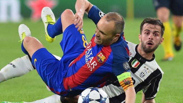 Dijadikan 'Tumbal' Juventus ke Barcelona, Pjanic Bikin Caption Galau di Instagram