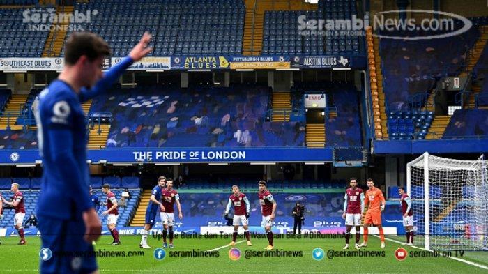 FOTO -Duel Chelsea vs Burnley Dalam Lanjutan Liga Inggris Musim 2020-2021 - gelandang-chelsea-asal-inggris-mason-mount-bersiap-untuk-melakukan-tendangan.jpg