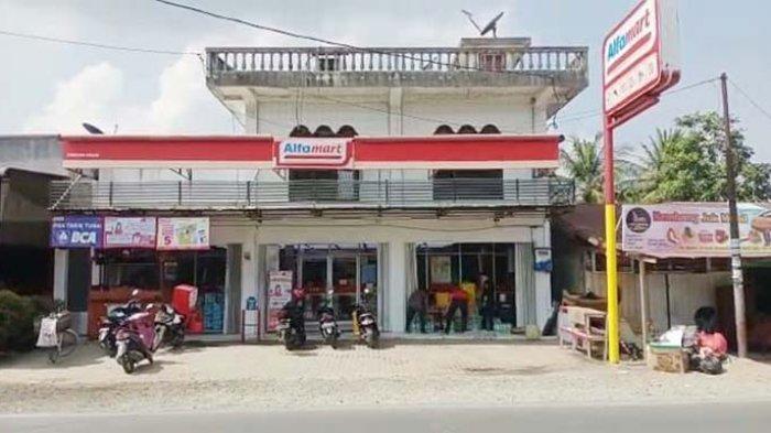 Alfamart Dilempari Molotov Serambi Indonesia