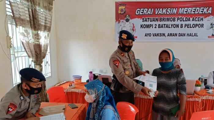 Warga Birem Bayeun Antusias Ikuti Gerai Vaksinasi Merdeka di Puskesmas