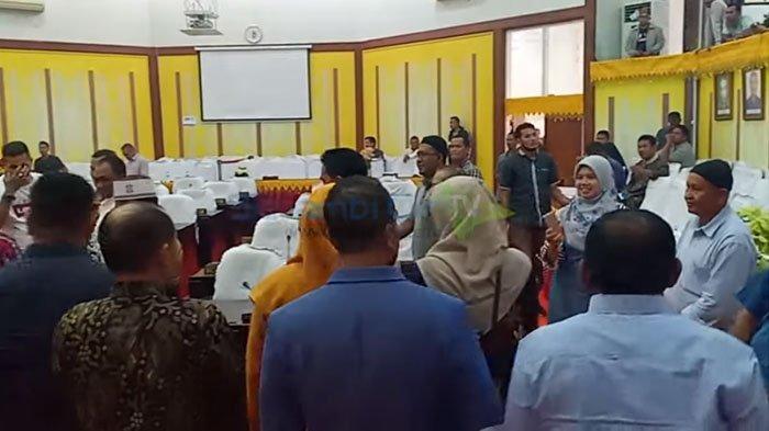 Begini Cara Polisi Amankan Pelantikan Anggota DPRK Aceh Utara