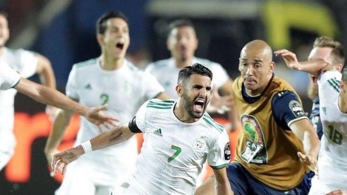 Aljazair Lolos Final Piala Afrika 2019, Tendangan Geledek Riyad Mahrez Bikin Kiper Nigeria Jantungan