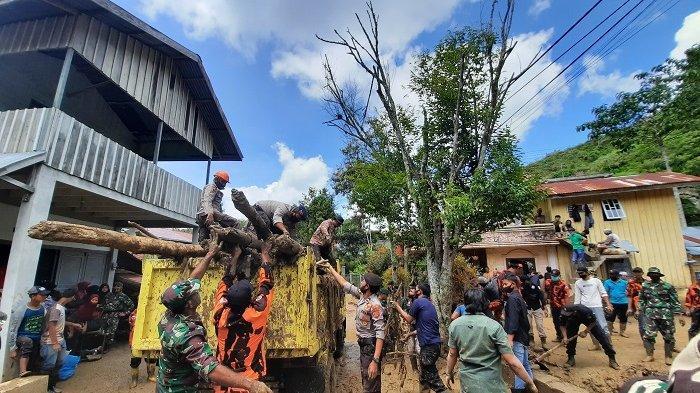 Hujan Deras Kembali Guyur Kota Takengon, Saat Warga Masih Membersihkan Sisa Banjir Bandang