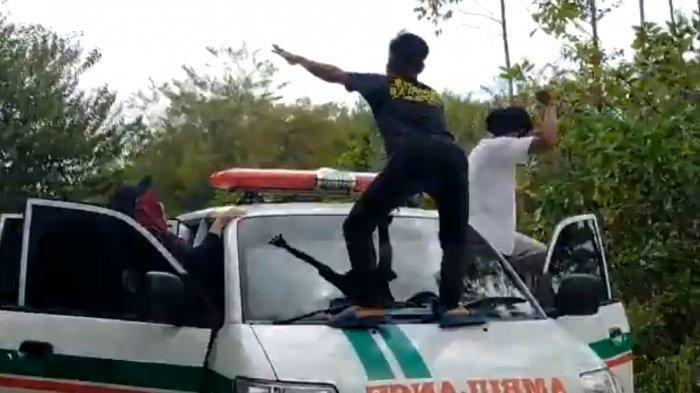 Viral Remaja Goyang Dugem di Atas Ambulans, Kades Kaget Lihat Videonya