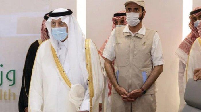 Gubernur Mekkah Bersama Imam dan Khatib Masjidil Haram Kunjungi Pusat Layanan Haji