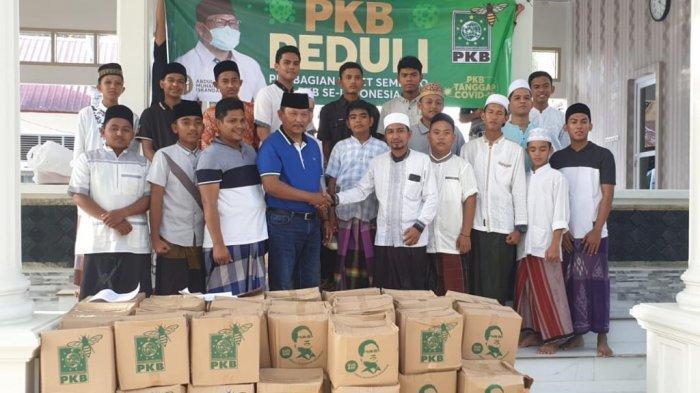 Temui Ulama Aceh Abu Ulee Titi, Irmawan minta doakan Indonesia segera terbebas dari Corona