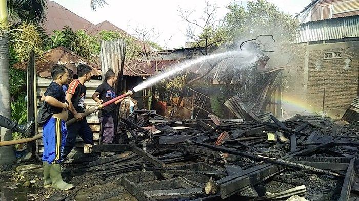 Rumahnya Hangus Terbakar, Salmawati Harapkan Bantuan Pemerintah