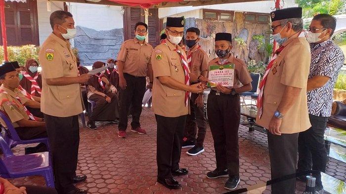Pramuka Bireuen Juara MTQ Tunas Ramadhan Tahun Lalu Terima Hadiah dari Bupati
