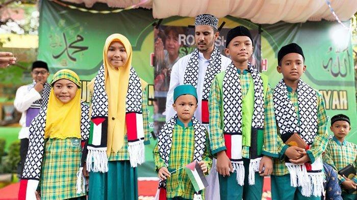 Min 1 Banda Aceh Galang Dana Untuk Palestina Sejumlah Hafiz Cilik Dapat Hadiah Dari Syeikh Ibrahim Serambi Indonesia