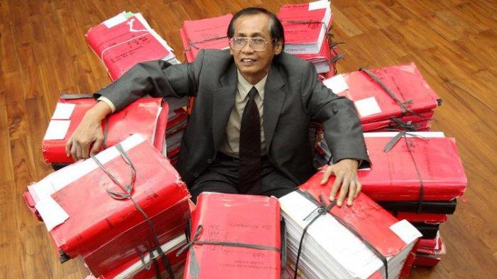 Artidjo Sempat Dirawat Adik Tito Karnavian, Mahfud MD Cerita Artidjo Hukum Berat Anggota KAHMI