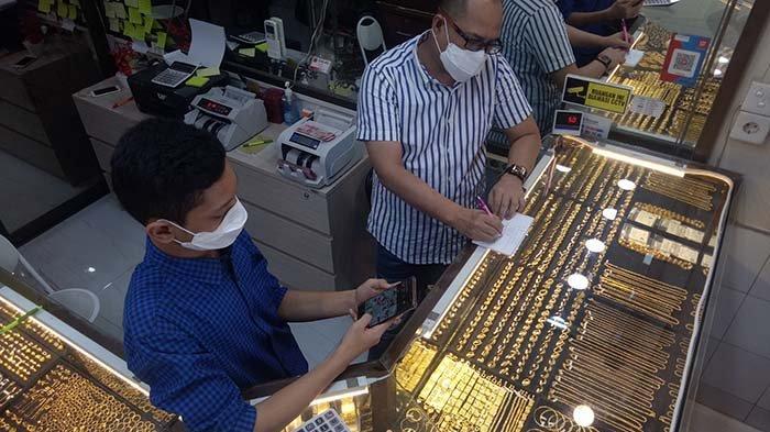 Jelang Lebaran, Harga Emas Naik Rp 60.000/Mayam, Transaksi Meningkat 90 Persen