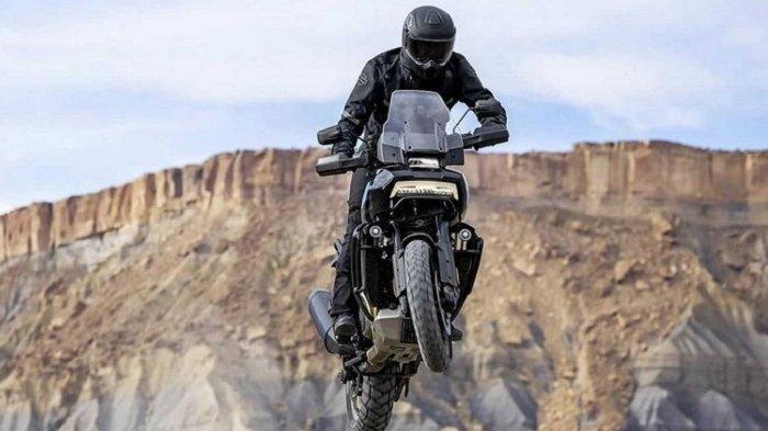 Harley-Davidson Pan America 1250 dapat terbang di udara