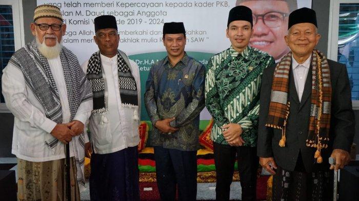 Ulama Kharismatik Aceh Doakan HRD Istiqamah Jalankan Tugas di Senayan