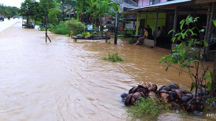 Hujan Lebat Guyur Aceh Selatan Sejak Pagi Hingga Malam