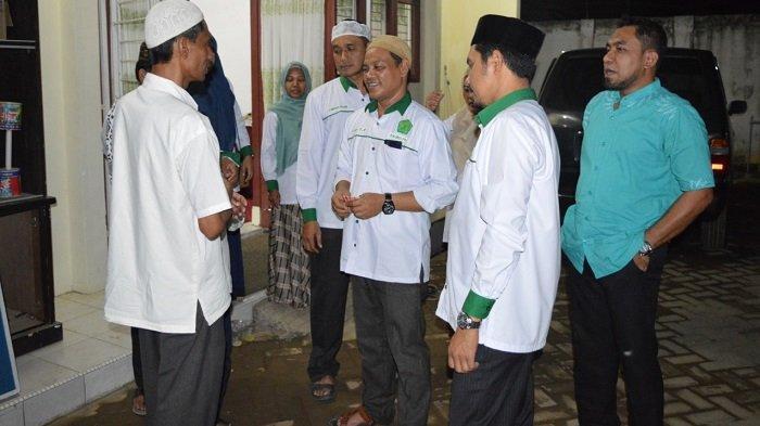 Alumni Abulyatama Buka Puasa Bersama dan Santuni Lansia di Panti Jompo - iaa3.jpg