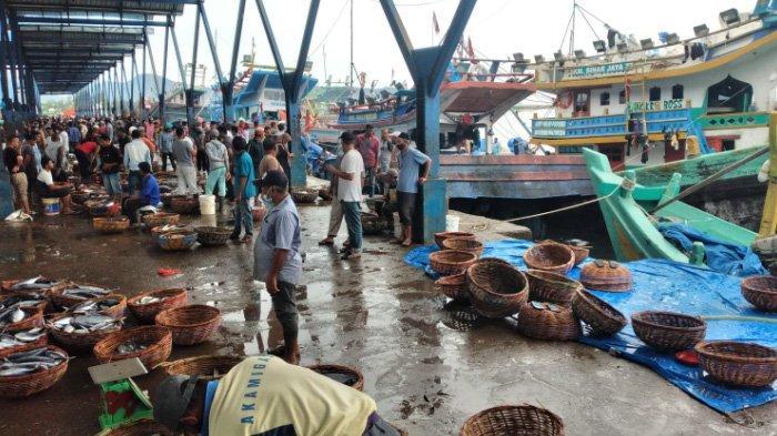 Hasil Tangkapan Nelayan Mulai Melimpah