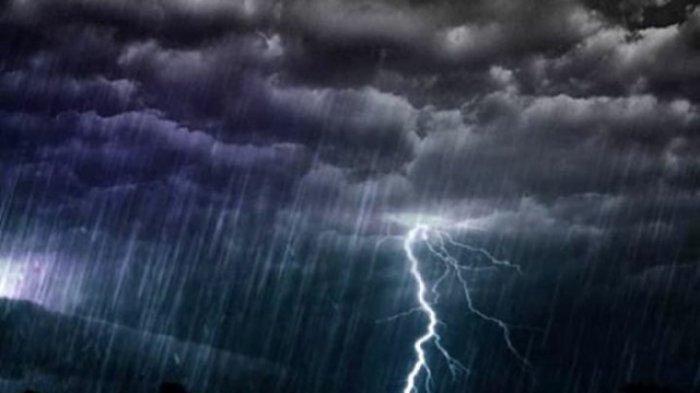 Aceh Diprakirakan Hujan Lebat Disertai Petir dan Angin Kencang dalam Sepekan ke Depan