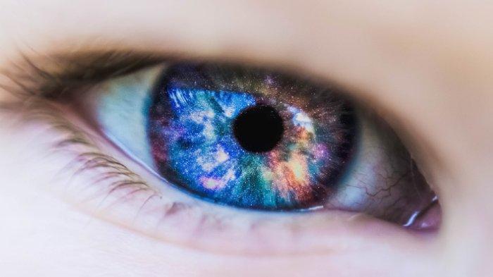 Kelopak Mata Kamu Turun? Ini 4 Tips Sederhana Bisa Jadi Solusinya