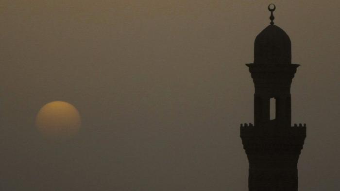 Kumandang Azan Magrib Cepat 3 Menit, Pengurus Masjid Ini Minta Maaf, Minta Warga Mengganti Puasanya