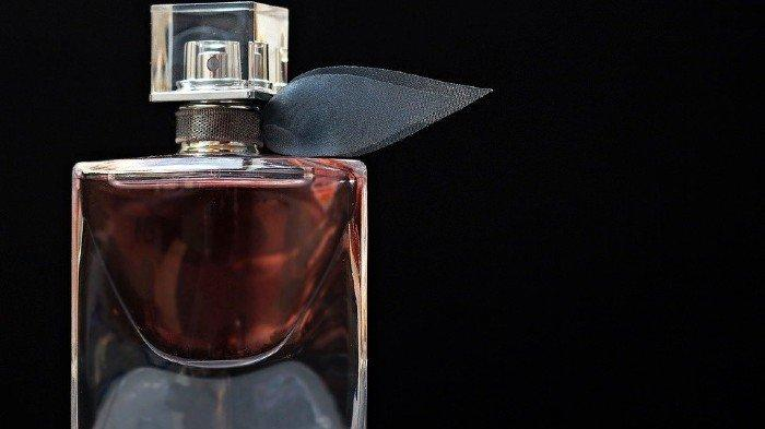 Bagaimanakah Hukum Memakai Minyak Wangi atau Parfum saat Berpuasa? Simak Ulasan Buya Yahya