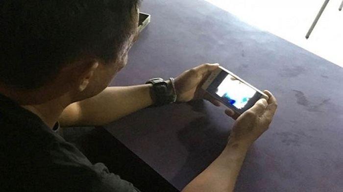 Bagaimana Hukum Menonton Video yang Terlihat Aurat saat Puasa? Ini Jawaban Ustaz